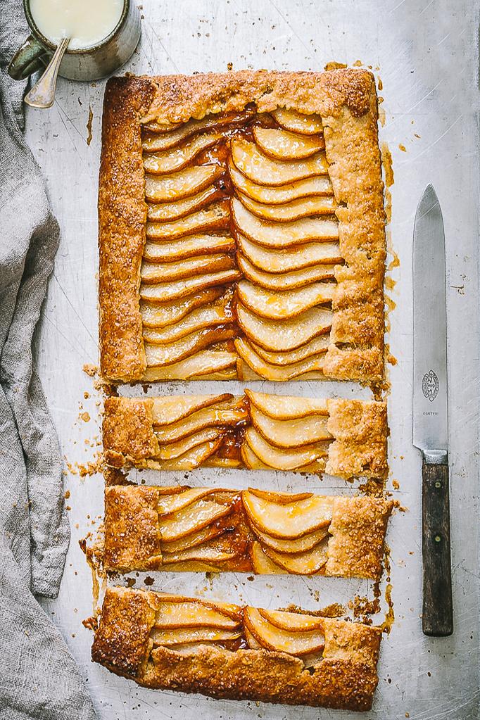 Päron galette med vaniljsås