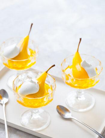 Saffran inkokta päron vaniljstång