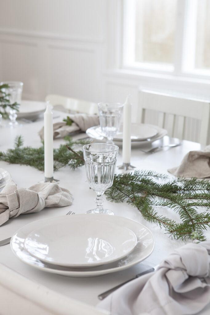 Dukat bord i mitt julhem